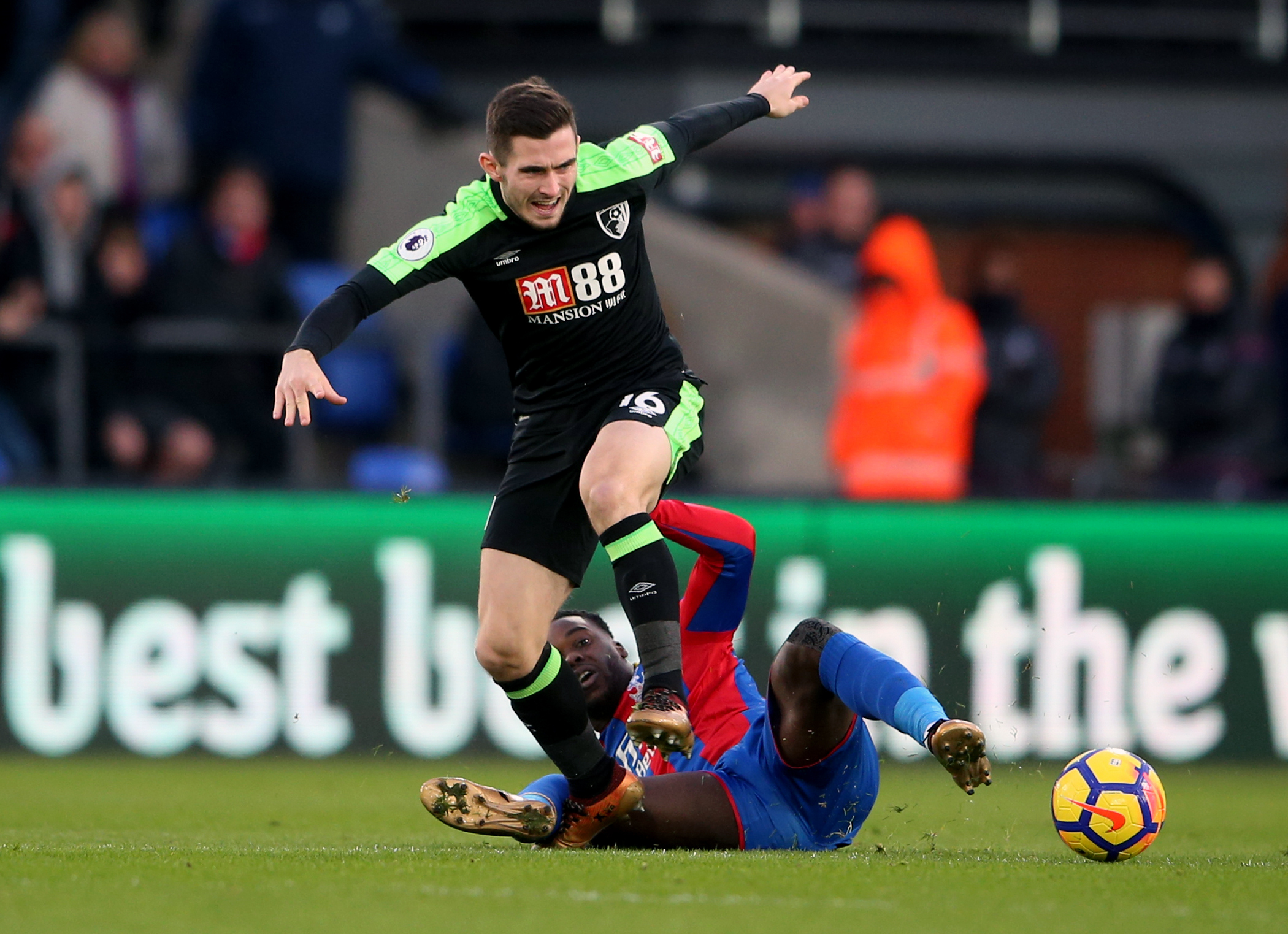 Jeffrey Schlupp tries to tackle Bournemouths Lewis Cook in a 2-2 draw in December 2017 (PA)