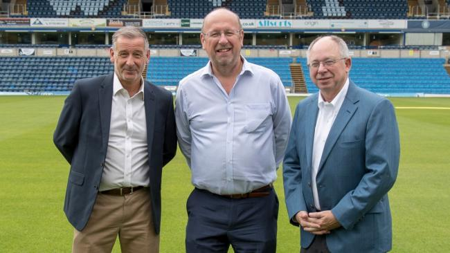 Rob Couhig (right) now has majority shareholding of Wycombe Wanderers