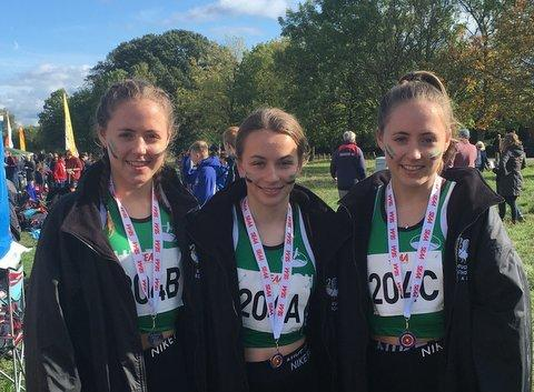 The Chiltern Harriers U15 girls gold medal-winning team of Abbie Henderson, Alice Brown and Holly Henderson.