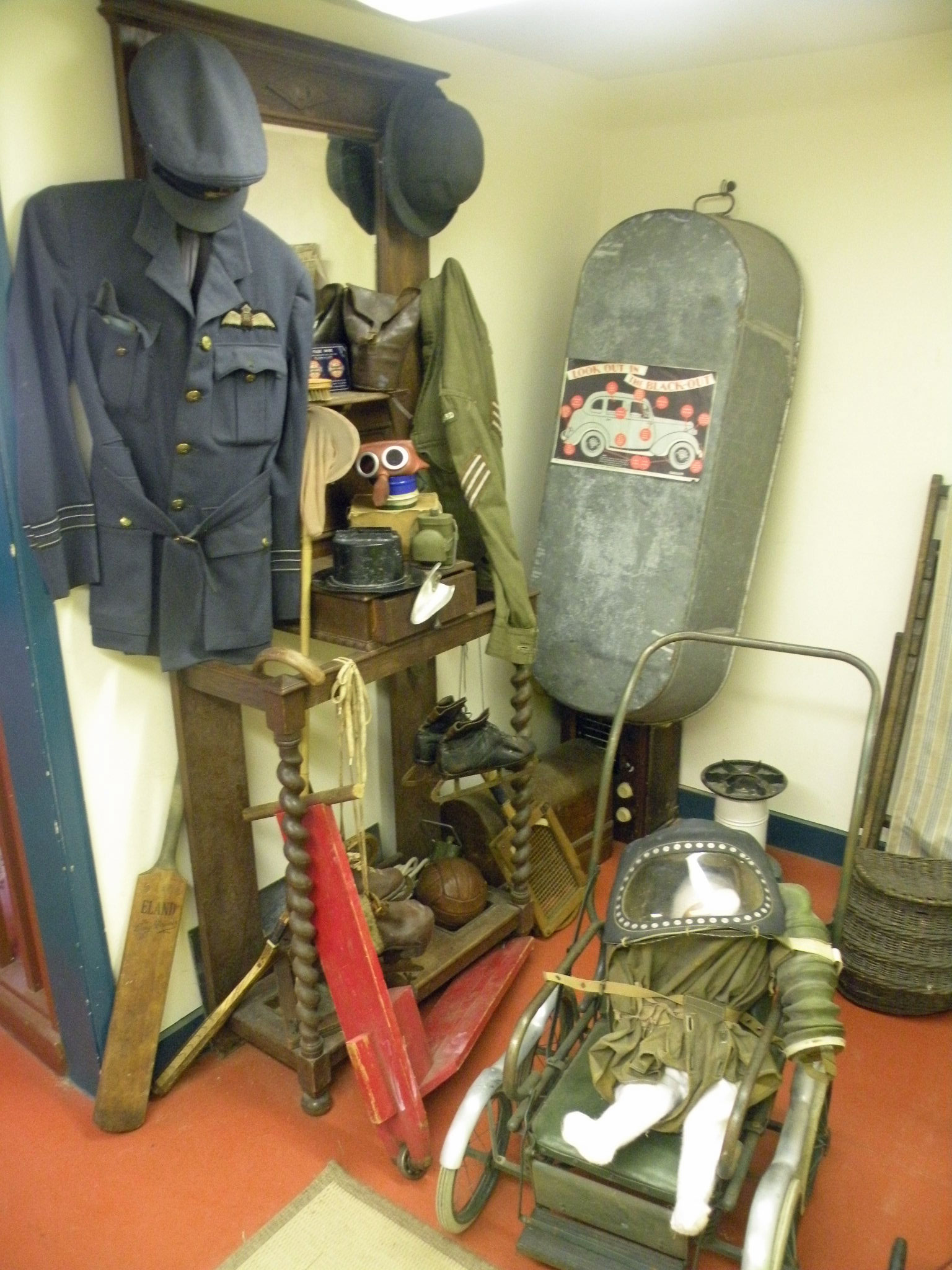 Forties (history) experience Public opening Lincolnsfields children centre charity