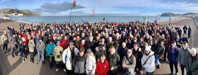 Fans from all over the world joined Mike, Jules and The Alarm for 2019's 'Gathering' in Llandudno. Picture: MPO/ Stuart Ling/ Andy Labrow