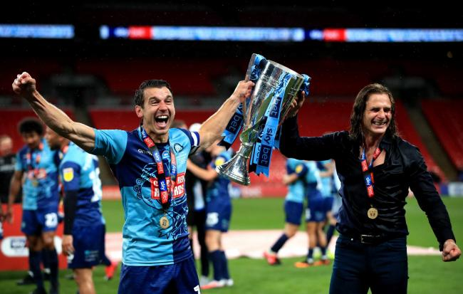Matt Bloomfield and Gareth Ainsworth (photo by Adam Davy/PA)