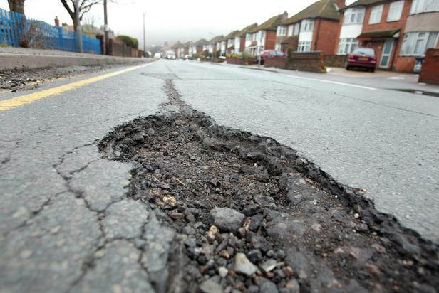 Extra £2.5 million expected to repair Bucks' roads