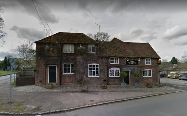 Nags Head pub in Great Missenden to extend hotel and car park