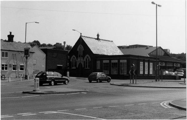 Looking NE, a view of the buildings, including the Methodist Chapel and Pheasant PH, at the junction of Gordon Rd and London Rd, High Wycombe. 1980's?