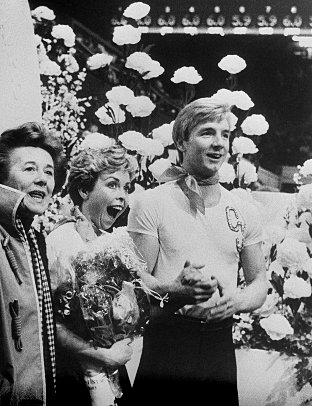 Betty Callaway-Fittall (left) with Torvill & Dean