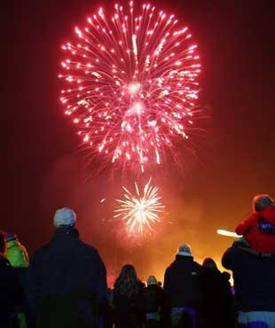 2011 Fireworks events for south bucks
