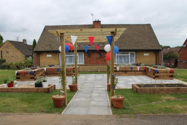 Red Kite Jubilee Garden at Laburnum Road