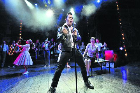 Review: Dreamboats and Petticoats leaves you with a smile on your face