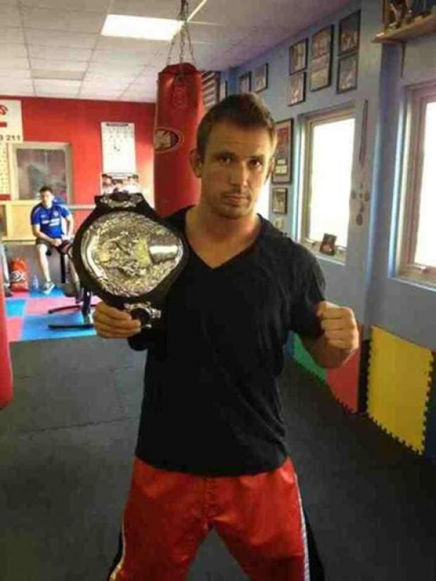 Matt Holland will fight for a British title in Wycombe next month