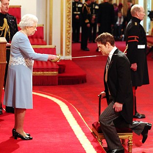 Actor Branagh receives knighthood