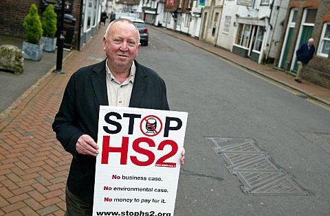 Keith Taylor MEP joined the anti HS2 campaign when he visited Great Missenden