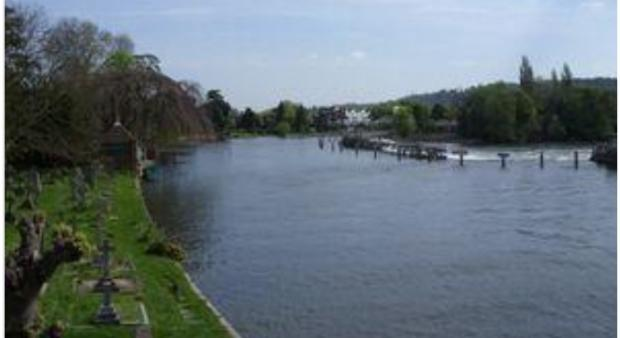 Sewage makes River Thames 'potentially hazardous'