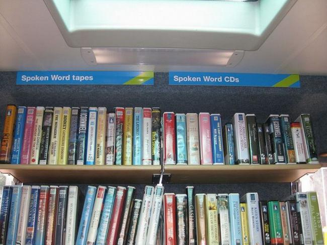 Pubs and shops could act as libraries