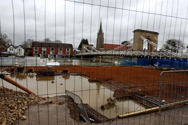 Bucks Free Press: Work abandoned on riverside rowing club as building site floods