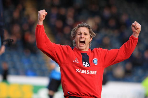 Ainsworth punches the air as Wanderers beat Chesterfield