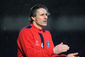 Ainsworth expects defensive test against free-scoring Portsmouth