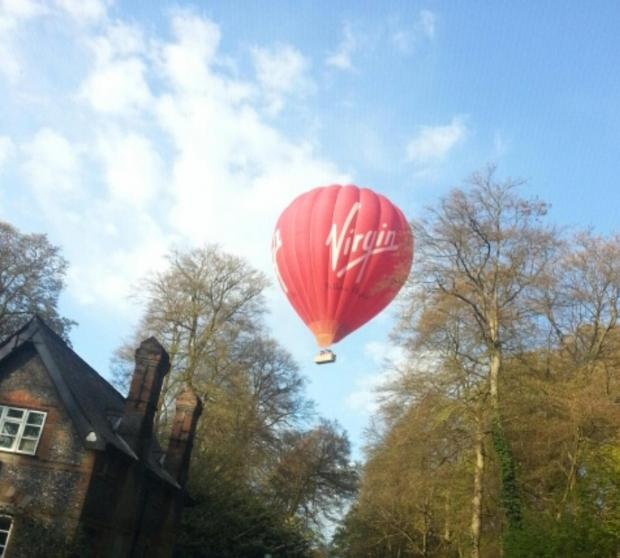 The balloon over Harleyford (pic.Andrew Scott)