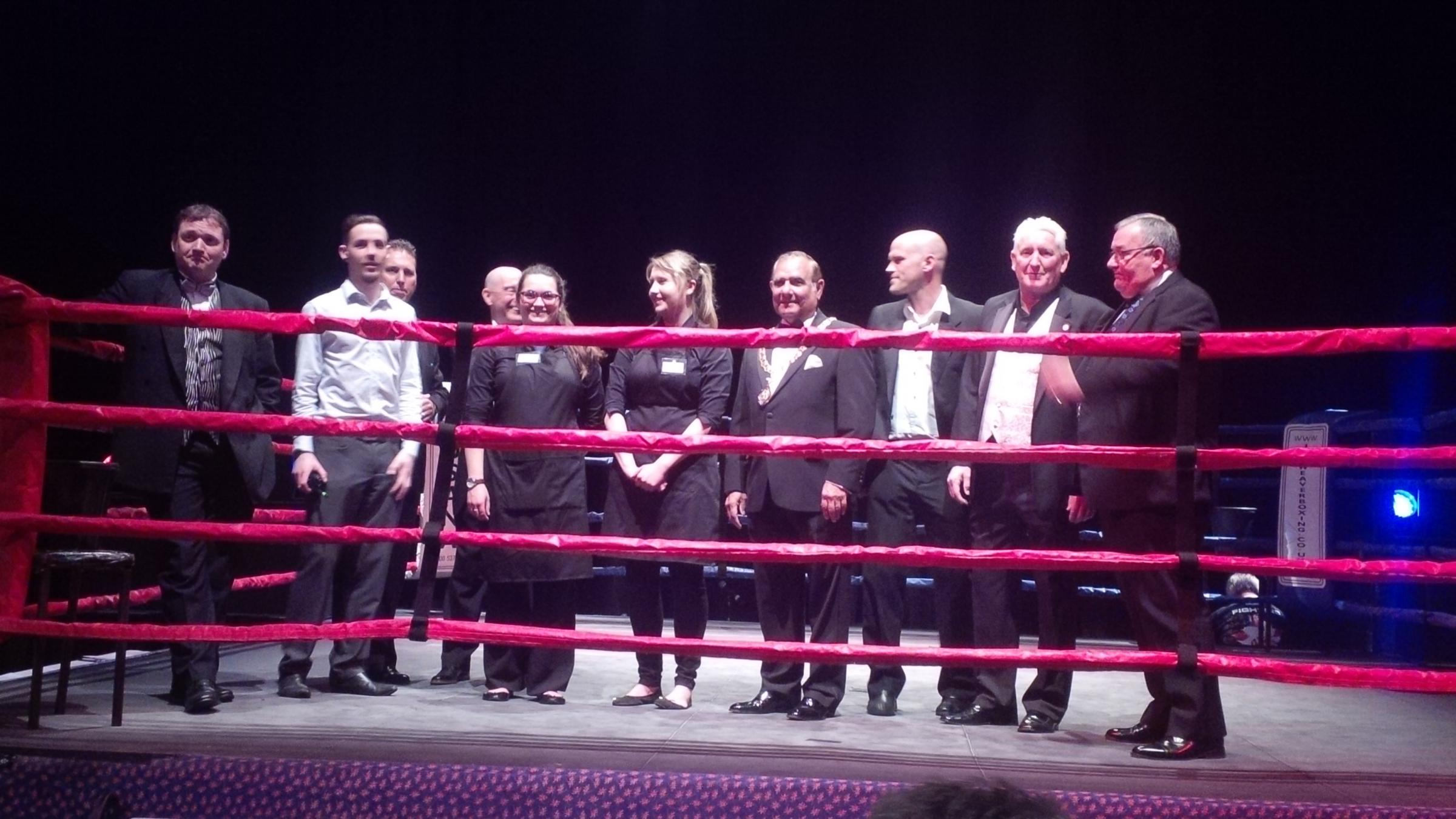 Boxing gala raises £2k for charity