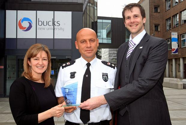 University award for police chief