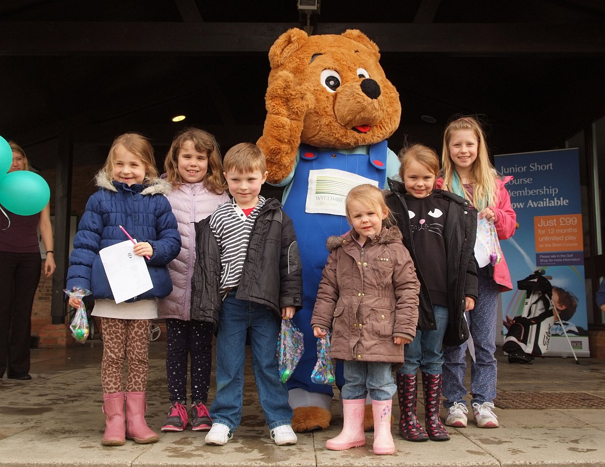 Chip the bear leads Easter fun at golf club