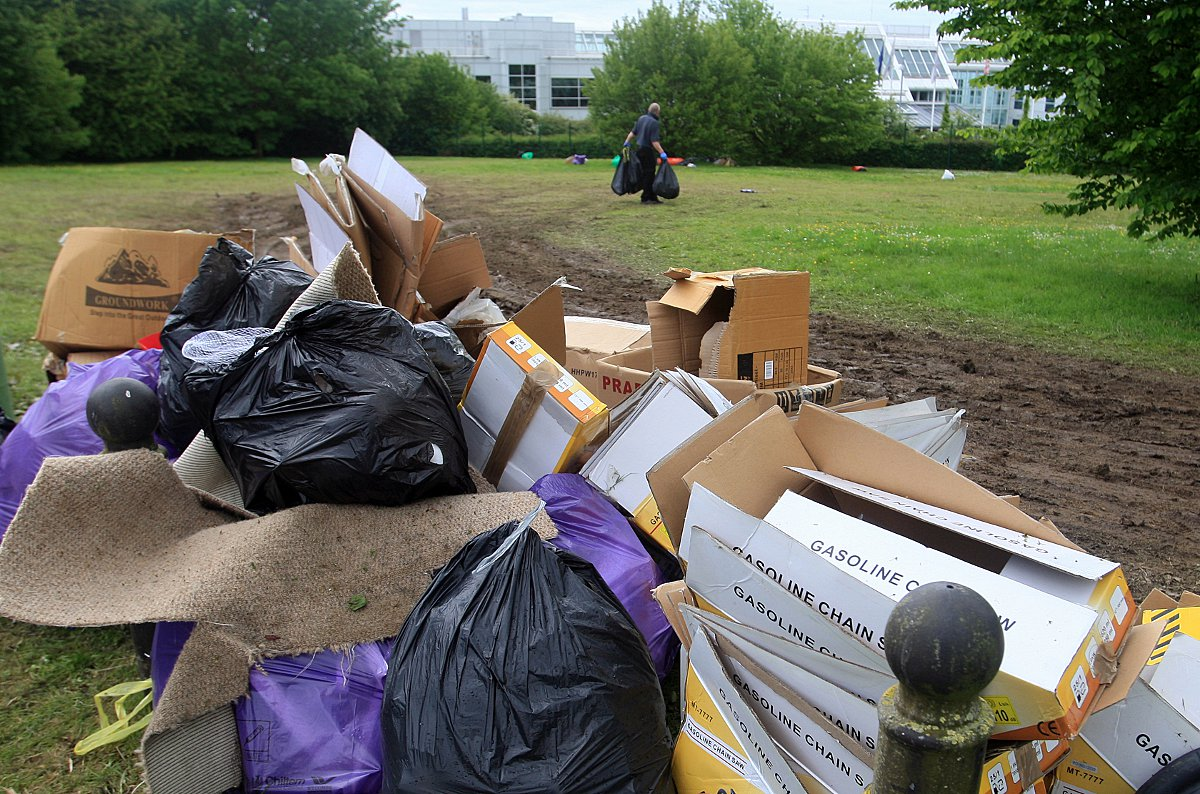 Travellers leave 15 tonnes of rubbish in High Wycombe