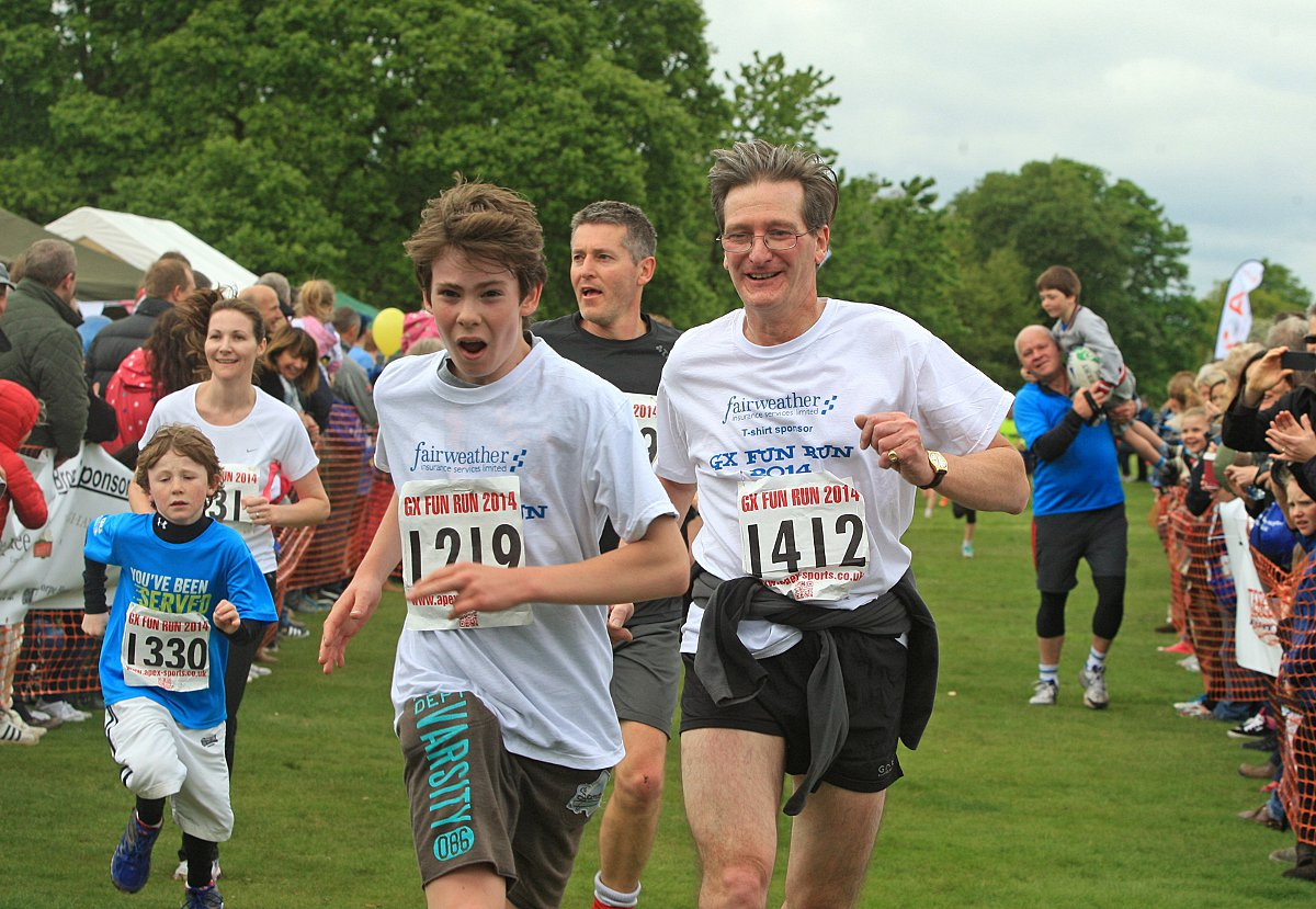 Beaconsfield MP competes in Gerrards Cross fun run