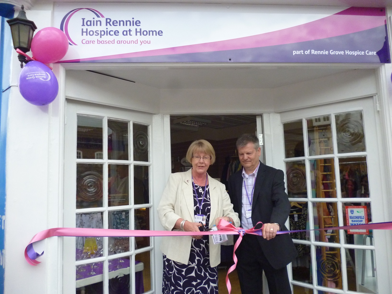 New charity shop is opened in Beaconsfield