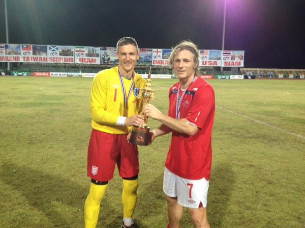 Gareth Ainsworth, Barry Richardson and the World Cup Seniors trophy