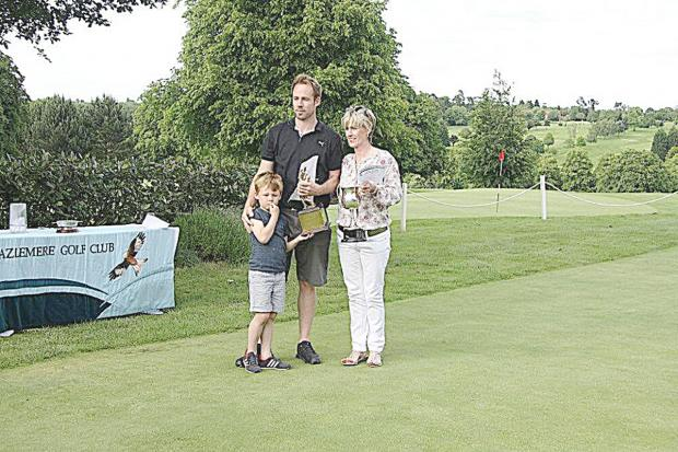 Bucks Free Press: Jamie Hunt with mum Andrea and son Olly.