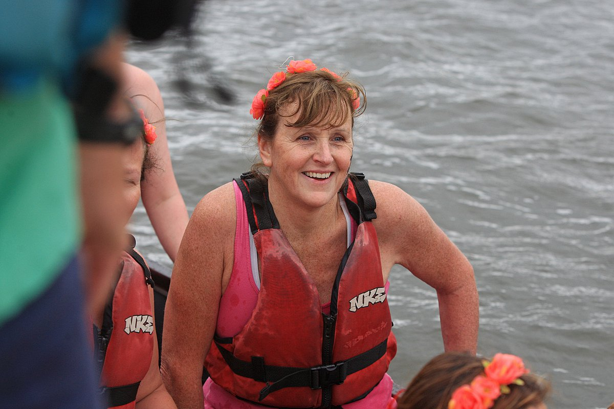 Redgrave defeated in dragon boat showdown