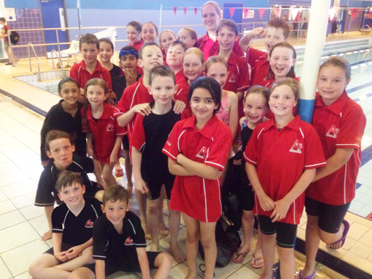 Amersham Swimming Club won 17 golds in Reading