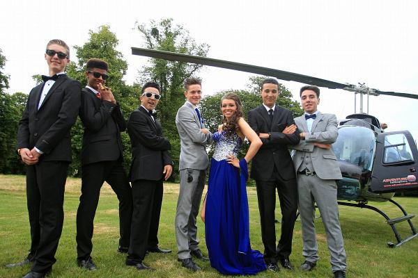 Pictures: Students flown to prom