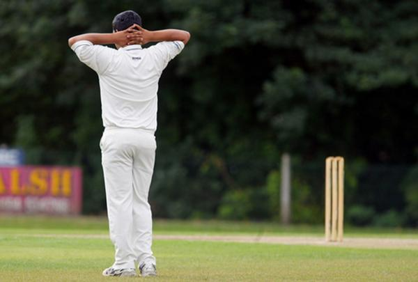 Bourne End batting woes see lead sliced