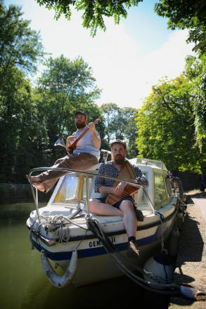 Unusual musical canal trio chug into town for one-off gig