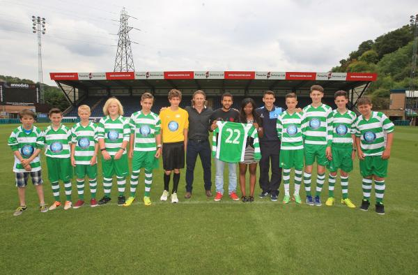 Wanderers unveil new kit donated in memory of Kyrece