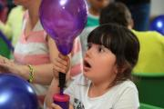 Balloon workshop for youngsters to make Dahl character