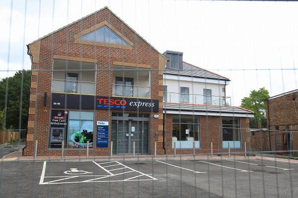 Controversial Tesco store may not open until winter