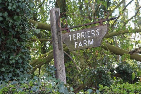 Mixed reaction to Terriers Farm development