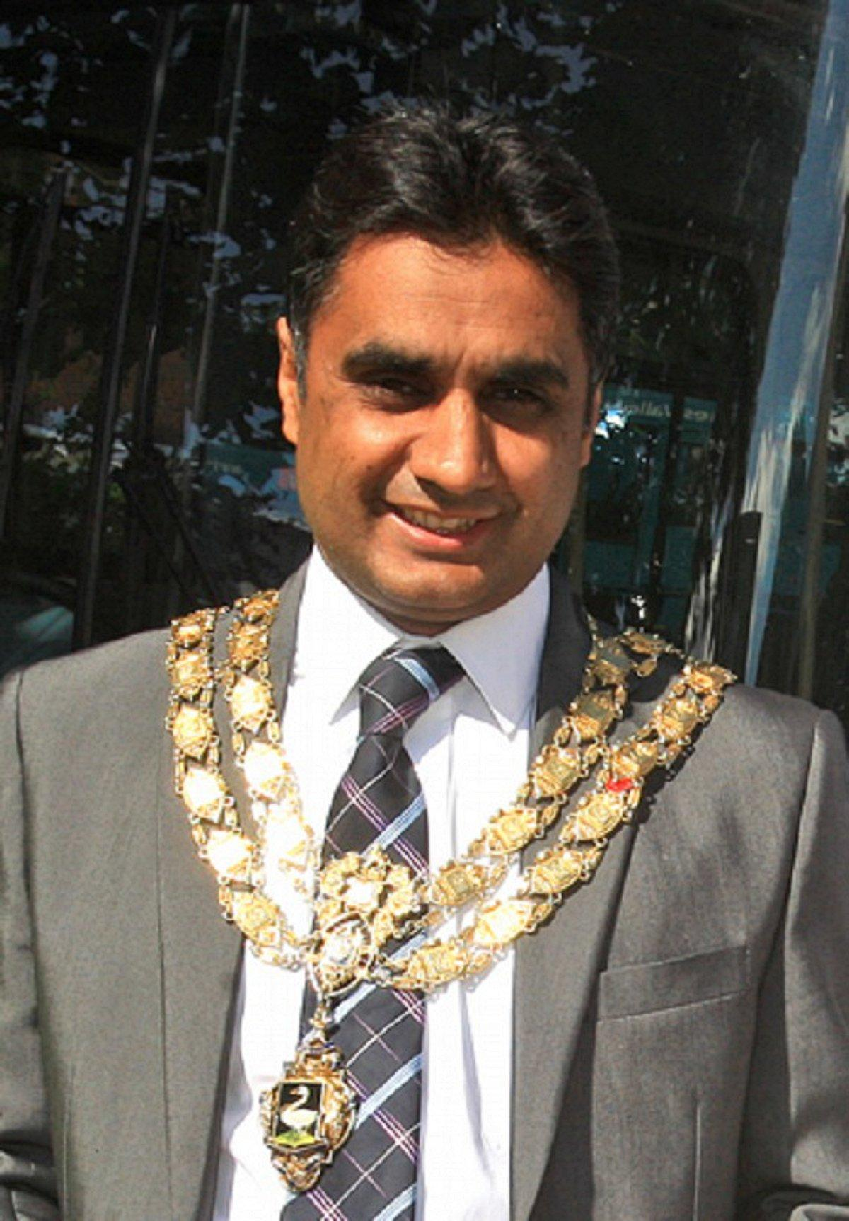 Councillor Khalil Ahmed, mayor of High Wycombe - 3477224