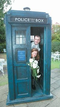 Look who's just got married: Dr Who fans Nancy Cox and Matthew Saunders