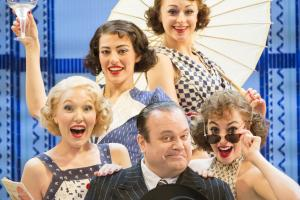 Review: Anything Goes at the Wycombe Swan