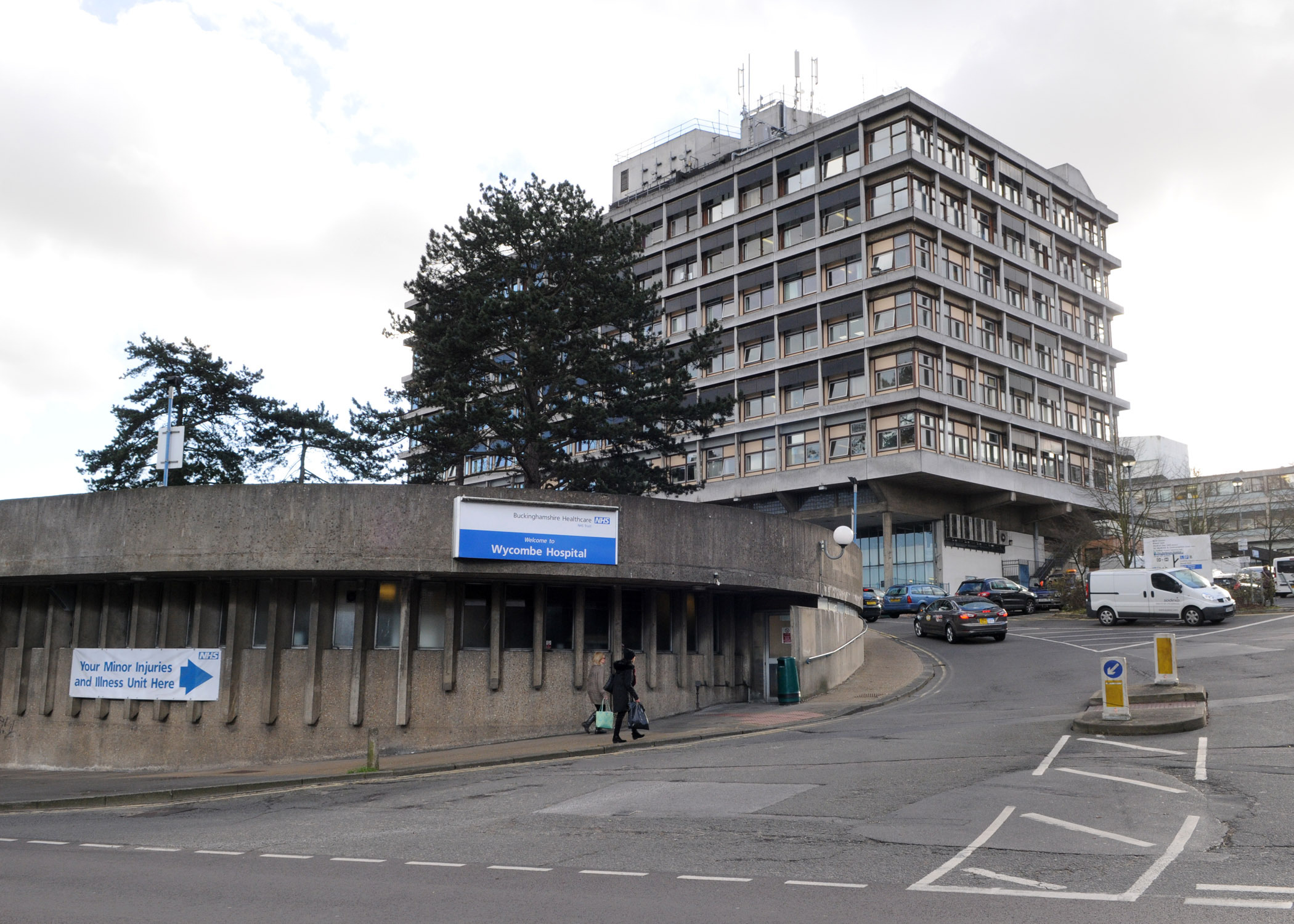 Maternity centre at Wycombe Hospital to suspend birthing services due to staff shortage