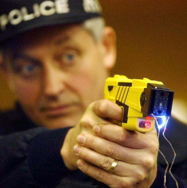 More police officers to be equip with Tasers