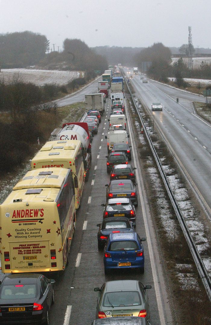 Heavy traffic on the A404