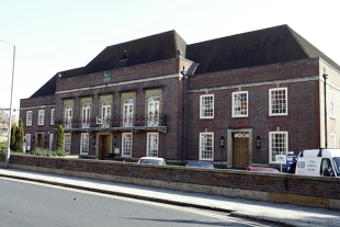 Wycombe hotel given permission to extend
