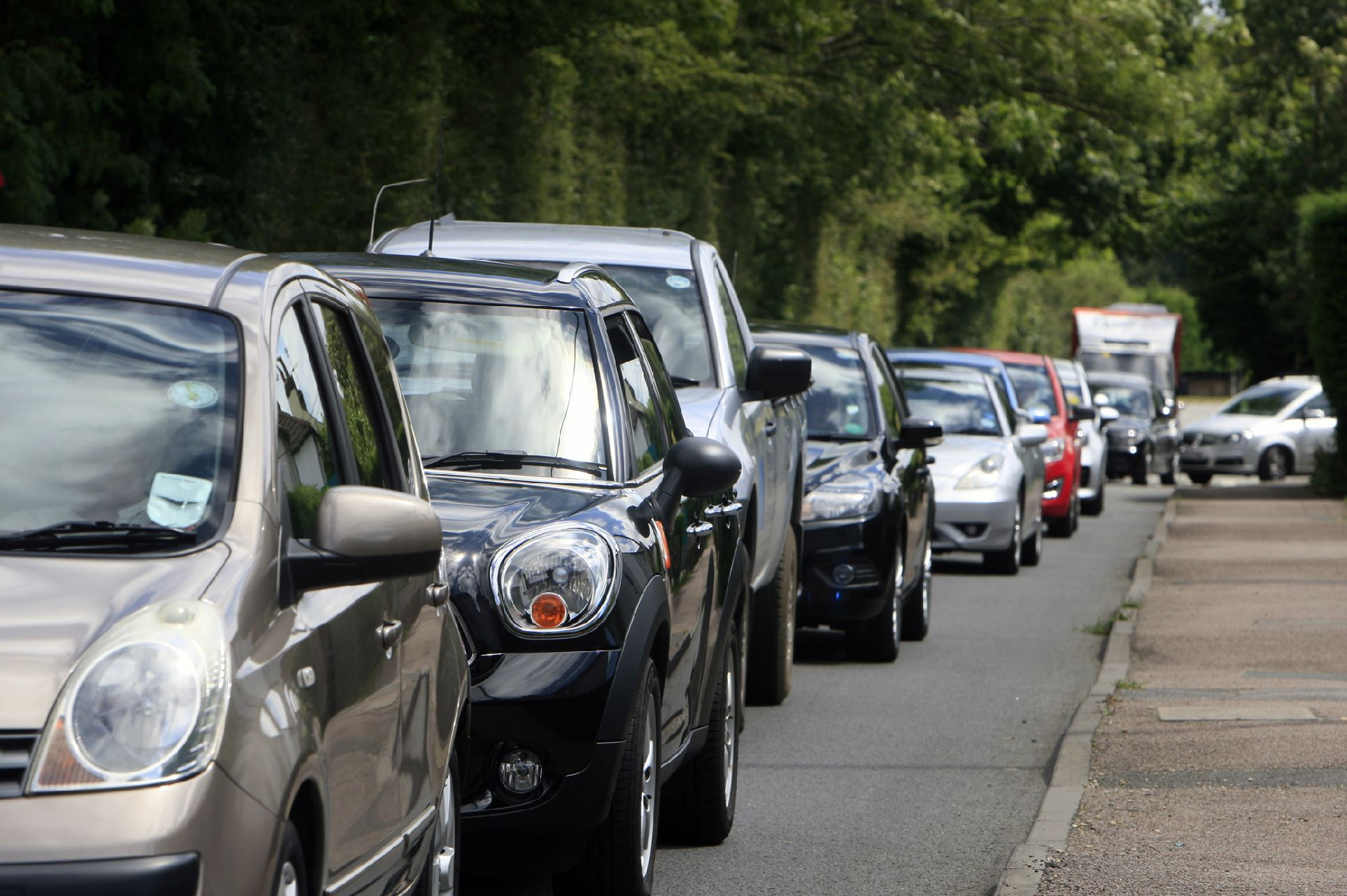 A vehicle has broken down on the M40