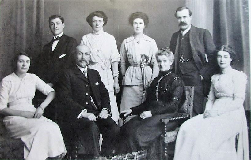 George H Keen and his wife Anne, and their family
