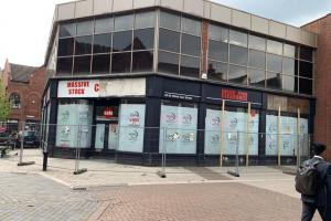 'Eyesore' former bookshop could be turned into restaurant or bar